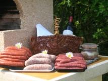 vente de saucisses, mergez de volaille à la ferme des clérambauts